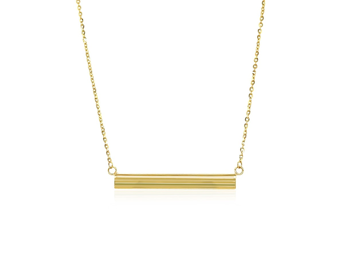 smooth horizontal bar necklace in 14k yellow gold