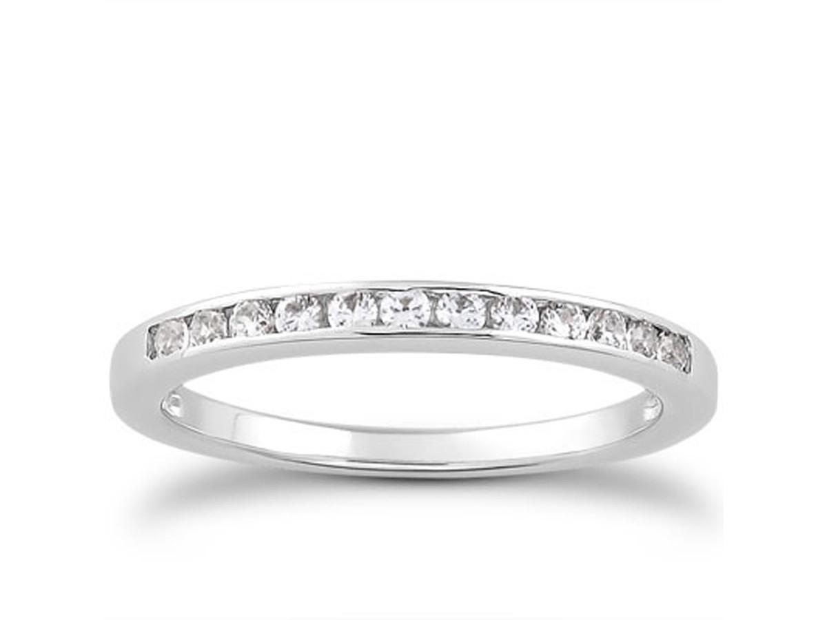 channel set diamond wedding ring band in 14k white gold. Black Bedroom Furniture Sets. Home Design Ideas