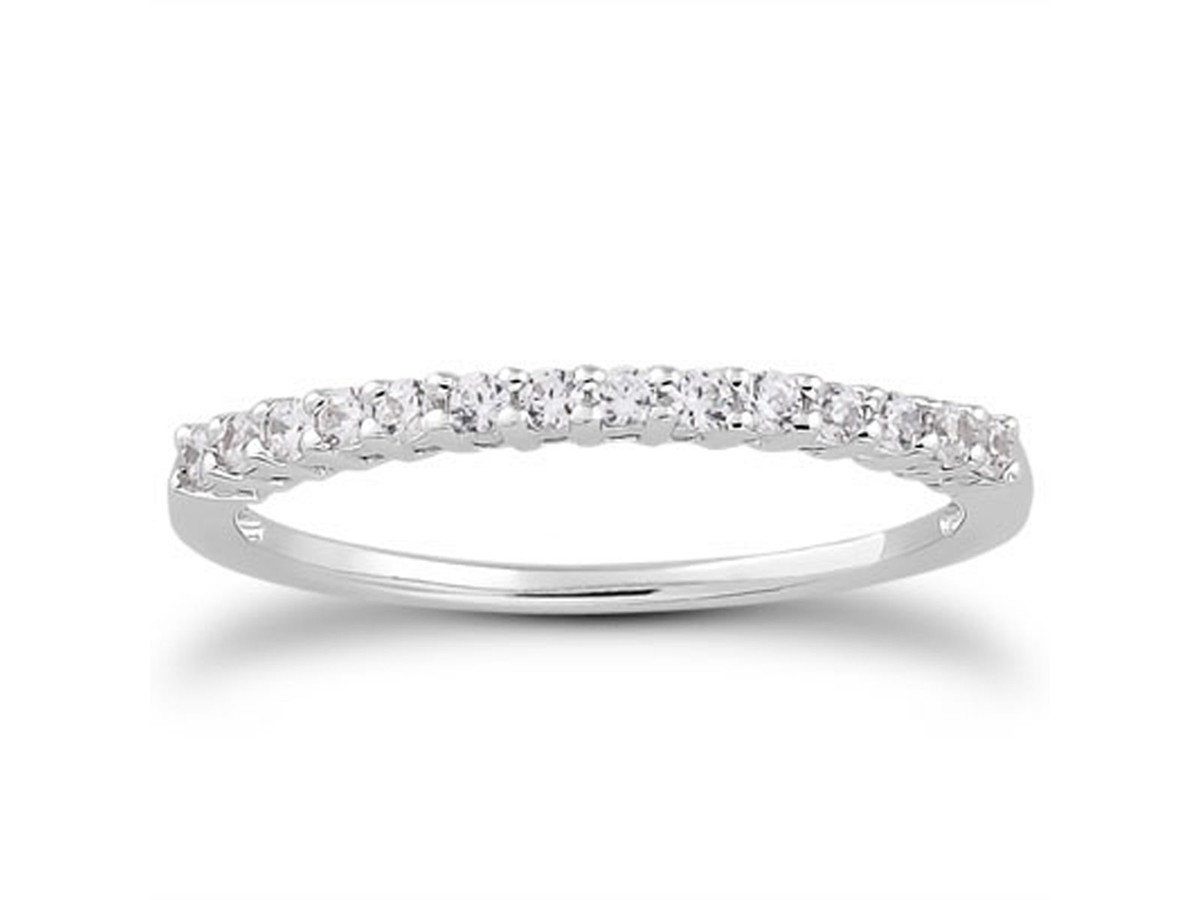 shared prong diamond wedding ring band with airline in 14k
