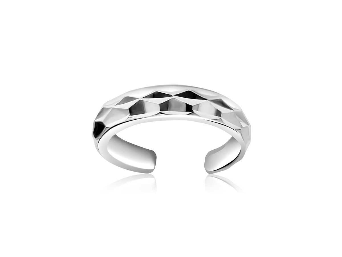 cut toe ring in 14k white gold richard cannon